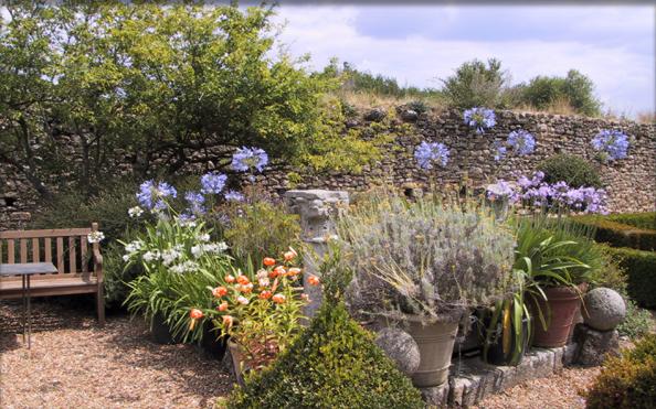 Jardin du moyen ge visiter le mans sarthe pays de la for Jardin remarquable